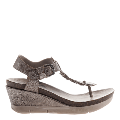 Graceville wedge in light pewter outside view