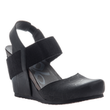 REXBURG in NEW BLACK Closed Toe Wedges