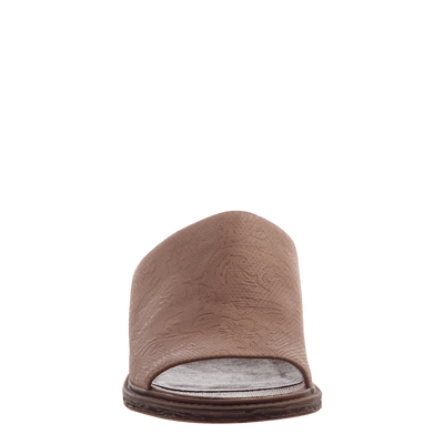 Women's flat slide drifter in hickory front view