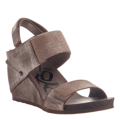 Trailblazer women's wedge in gold