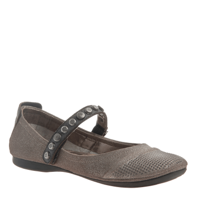 Protestor women's flat in Grey Silver
