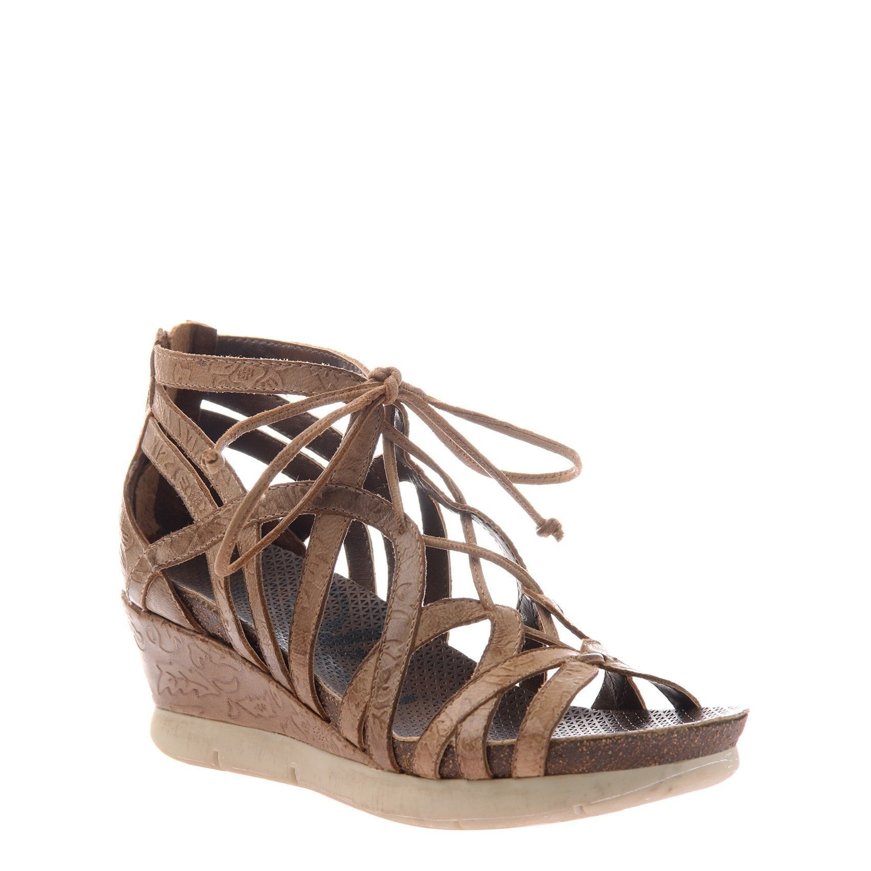 Nomadic women's wedge in hickory