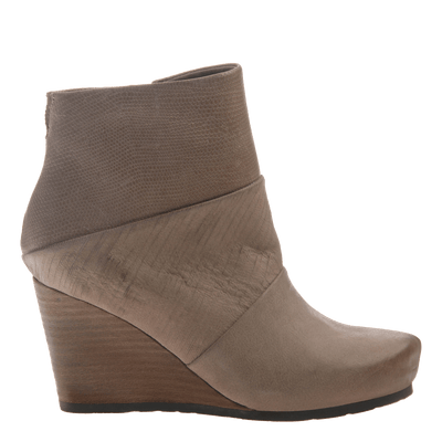 Dharma women's ankle boot in pecan side view