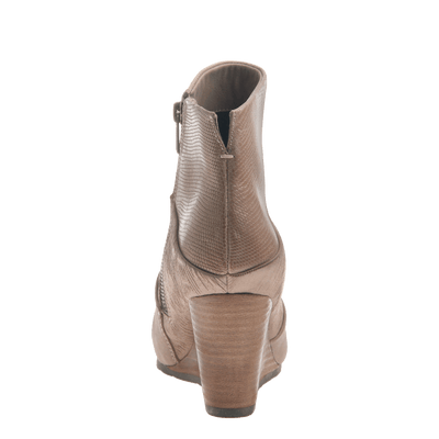 Dharma women's ankle boot in pecan back view