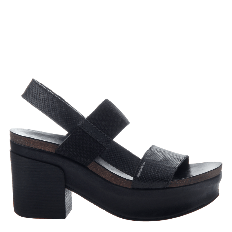 Platform wedge heel Indio in Black