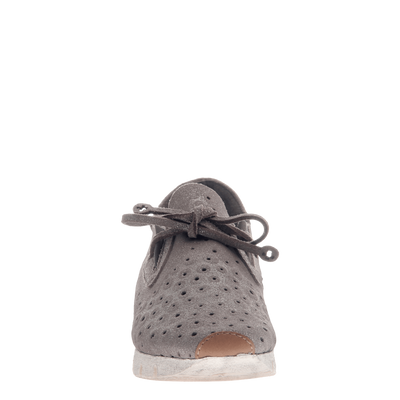 Lunar women's sneaker in Grey Silver front view