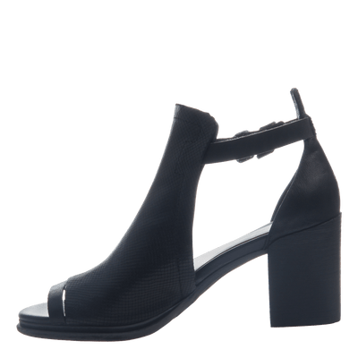 Metaphor women's heel in black inside view