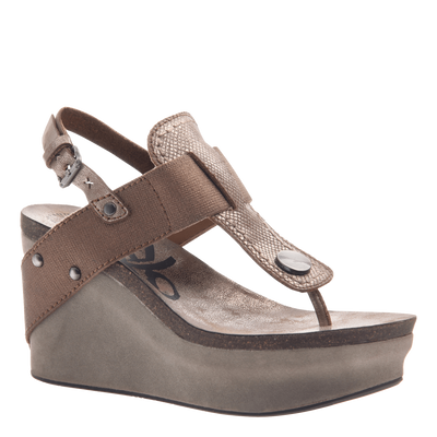 Joyride Women's wedge in Copper