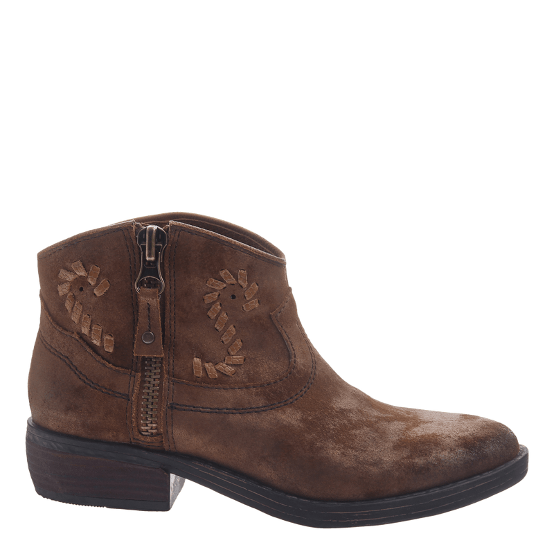 Women's western ankle bootie the Trek in Tobacco
