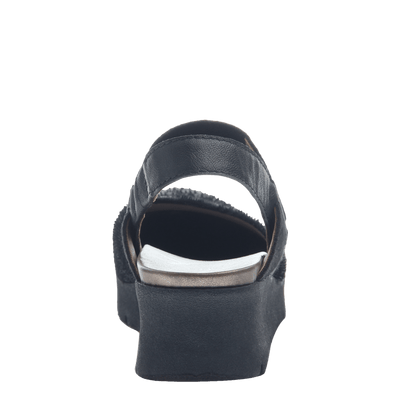 Women's wedge the roadie in black back view