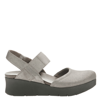 Women's low strappy wedge the roadie in grey silver side view