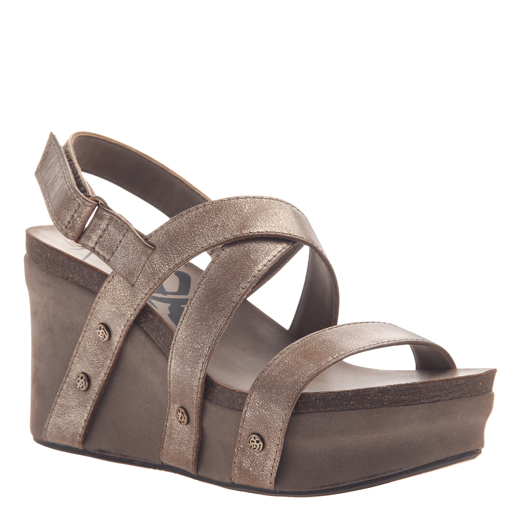Womens wedge sandals Sail in gold