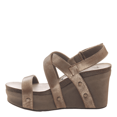 Womens wedge sandals Sail in gold inside