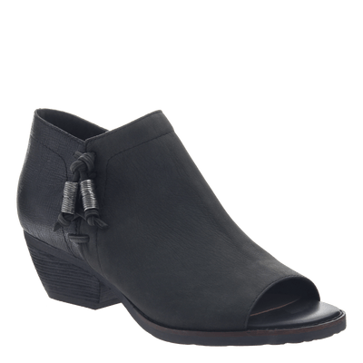 women's ankle bootie the truckage in black
