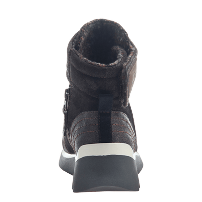 Women's cold weather boot the outing in dark brown back view