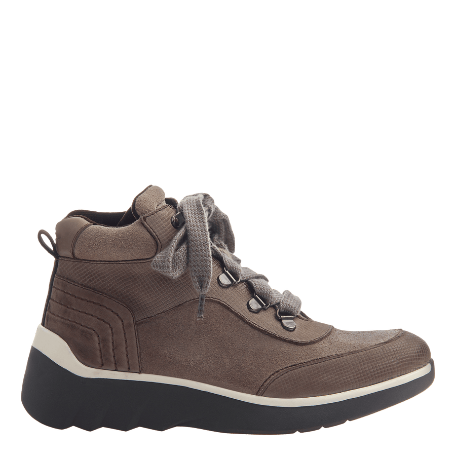 Women's hiker boot the commuter in Cinder