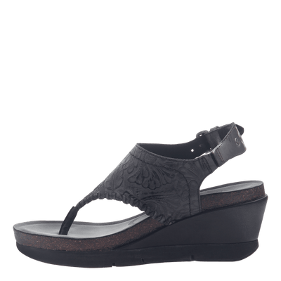 Womens thong wedge sandal Meditate in black inside view