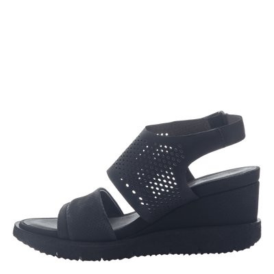 Womens light weight sandal wedge Milky Way in Black inside view