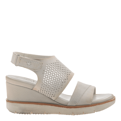 Womens light weight sandal wedge Milky Way in Dove Grey side view