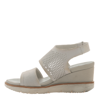 Womens light weight sandal wedge Milky Way in Dove Grey inside view