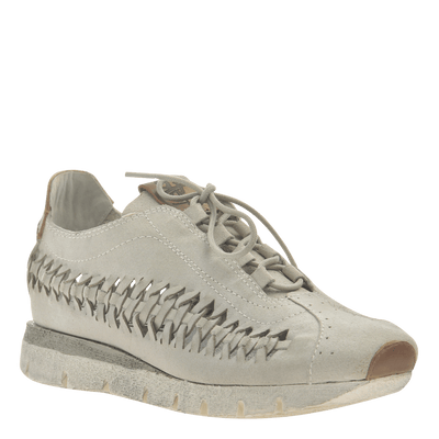 Womens cut out sneaker Nebula in Bone