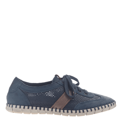 Womens flex sneaker comet in marine side view