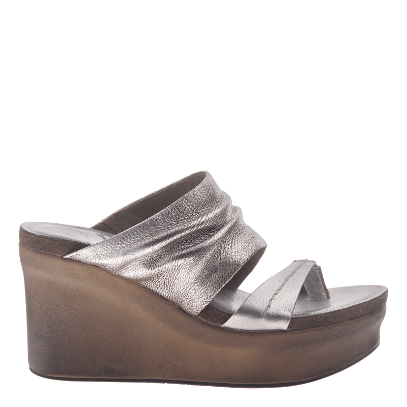 Womens wedge tailgate in silver
