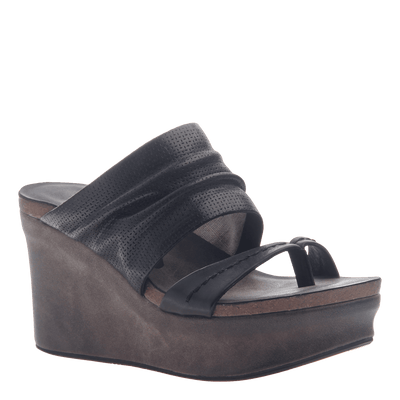 Womens wedge tailgate in black