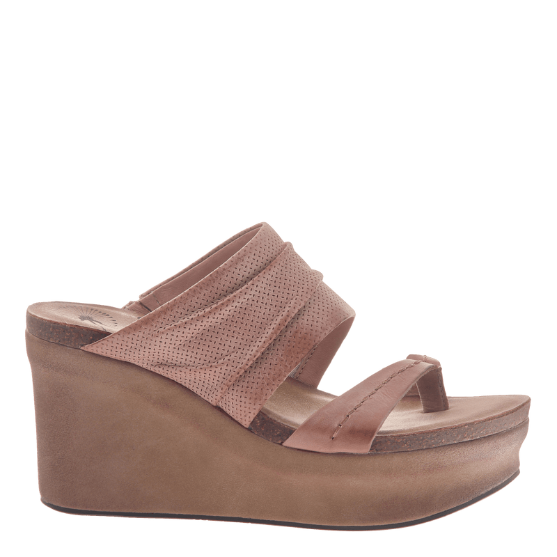 Womens wedge tailgate in warm pink