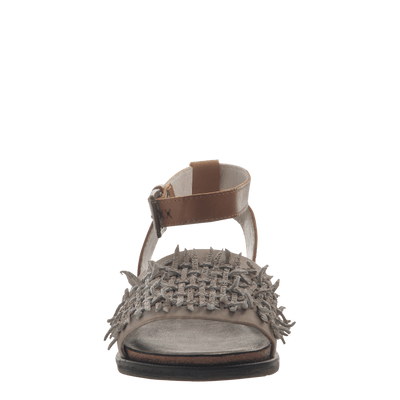 Womens flat sandal voyage in Dove Grey front view