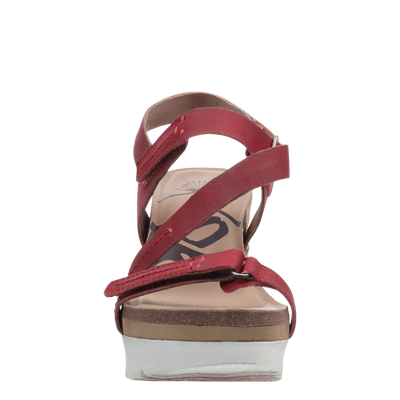 Womens platform wedge wavey in hunting red front view