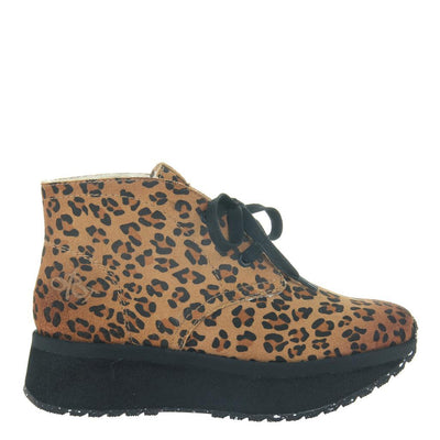 WANDER in LEOPARD PRINT, right view