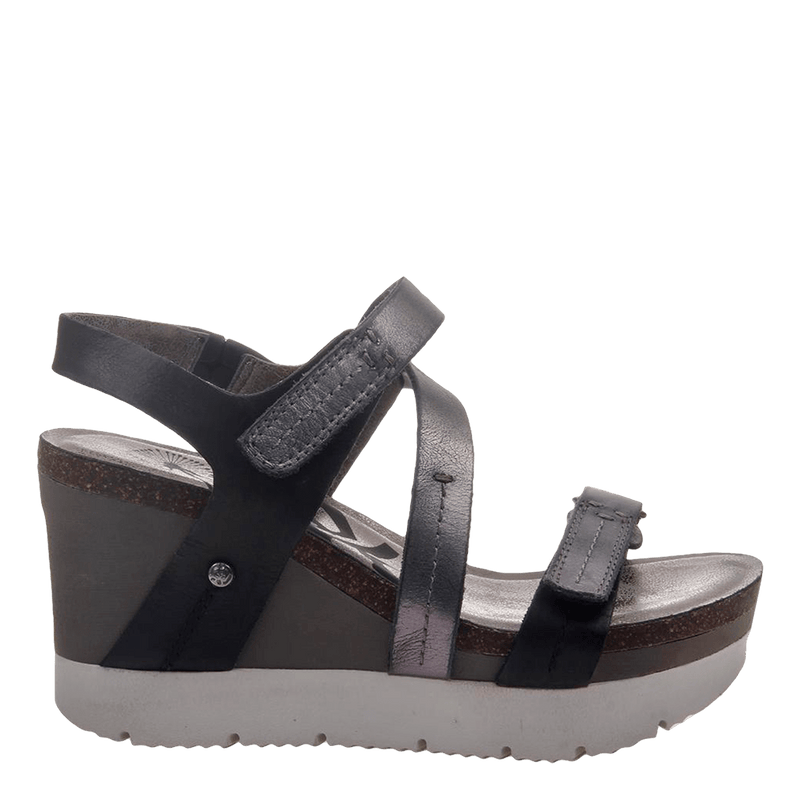 Womens wedge sandals Wavey in new black