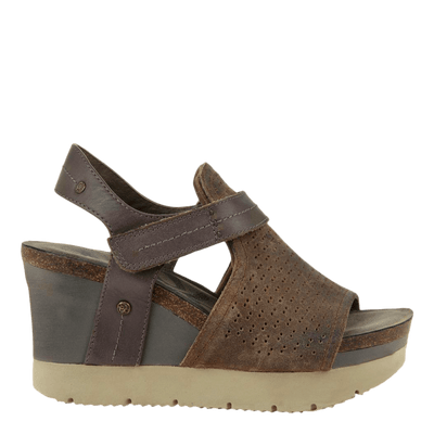 OTBT Womens Wedge Sandal Waypoint in mint right side