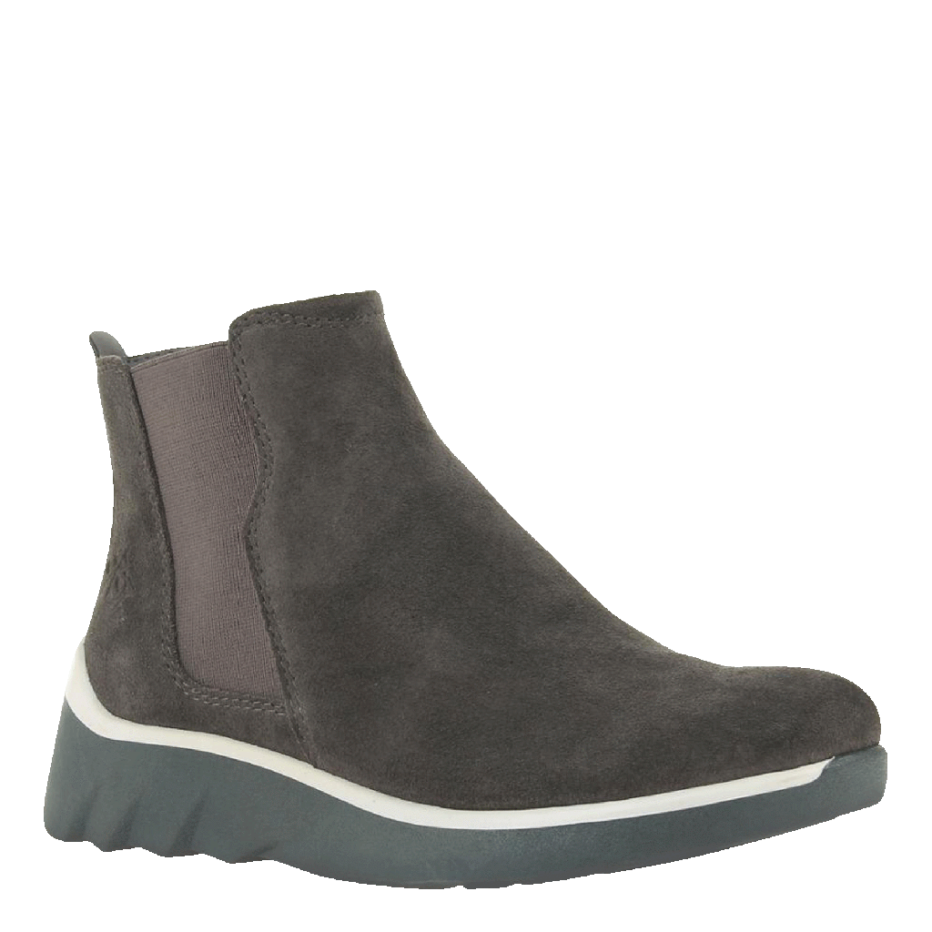 Womens cold weather boot wilderness in cinder