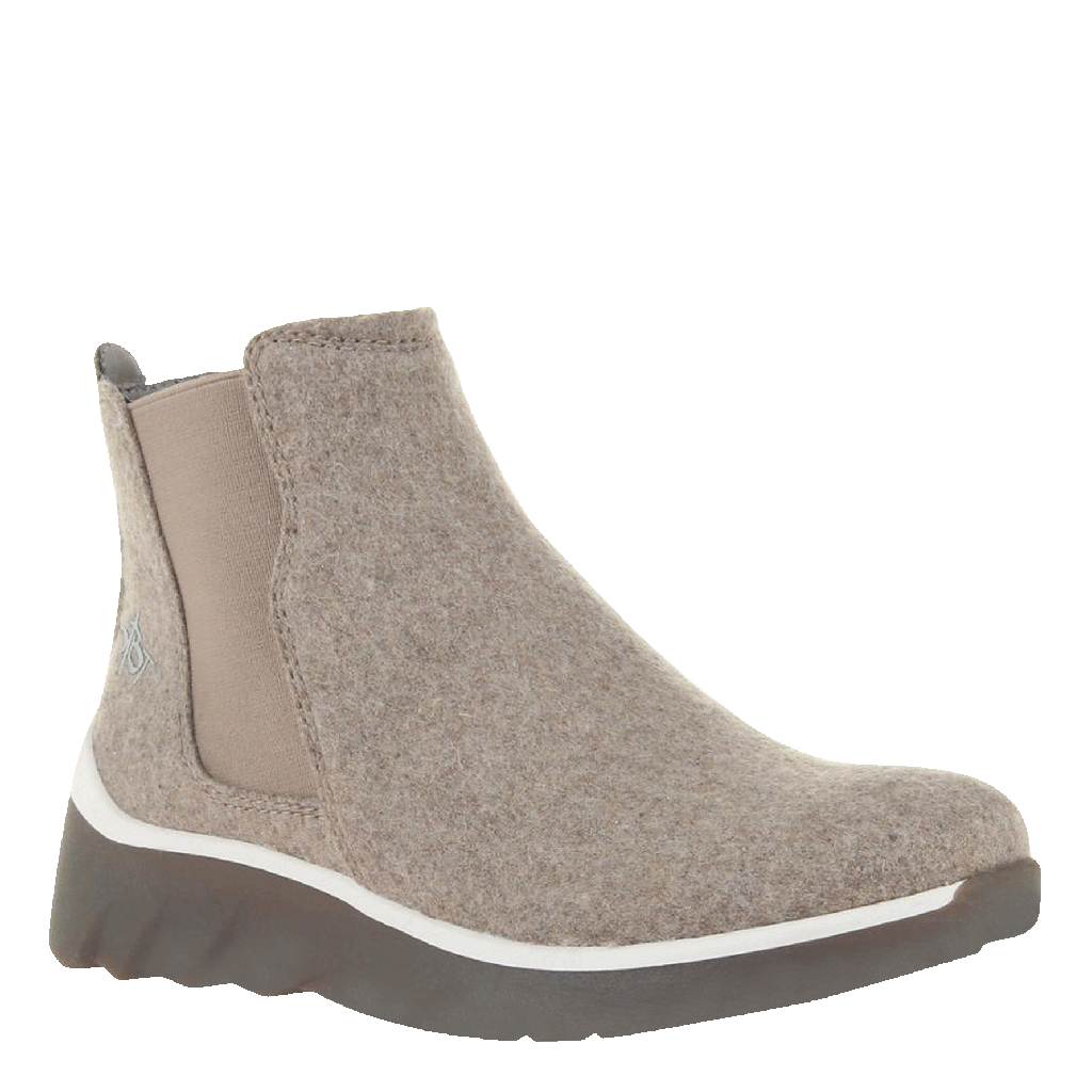 WILDERNESS in TAUPE Cold Weather Boots