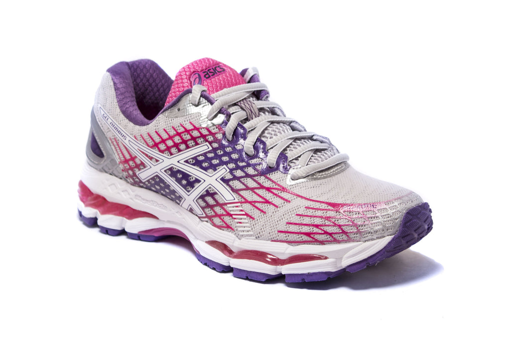 WOMEN`S GEL NIMBUS 17 RUNNING SNEAKER