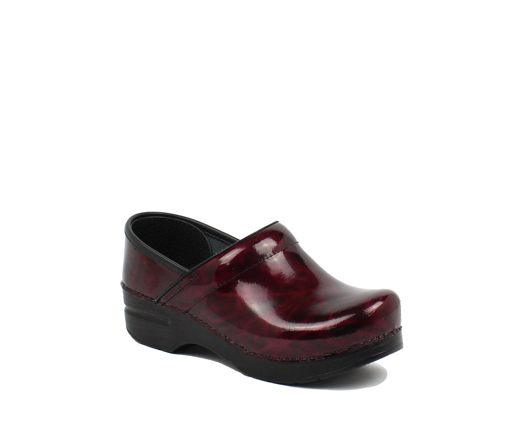 GARNET PATENT LEATHER