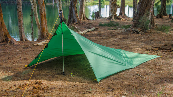 Single Pole Tarp Camping Mode: This mode allows a tarp camping setup with only one pole.