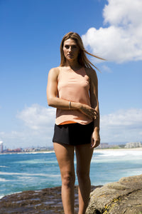 BRIGHT LIGHT TOP IN CORAL