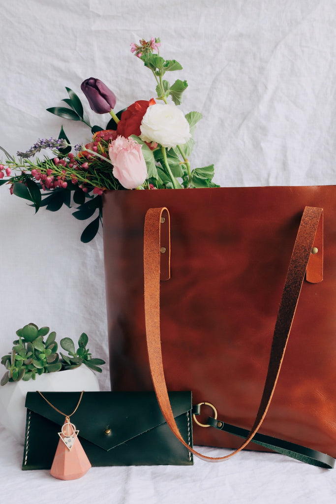 Leather Tote and Clutch Gift Ideas