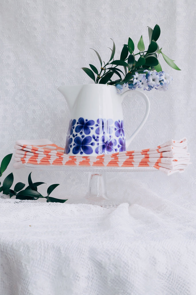 Pitcher and Cake Stand Gift Ideas