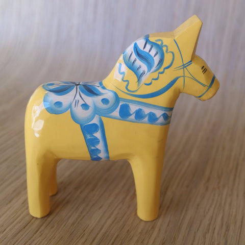 Traditional Swedish Handcarved & Handpainted Dala Horse