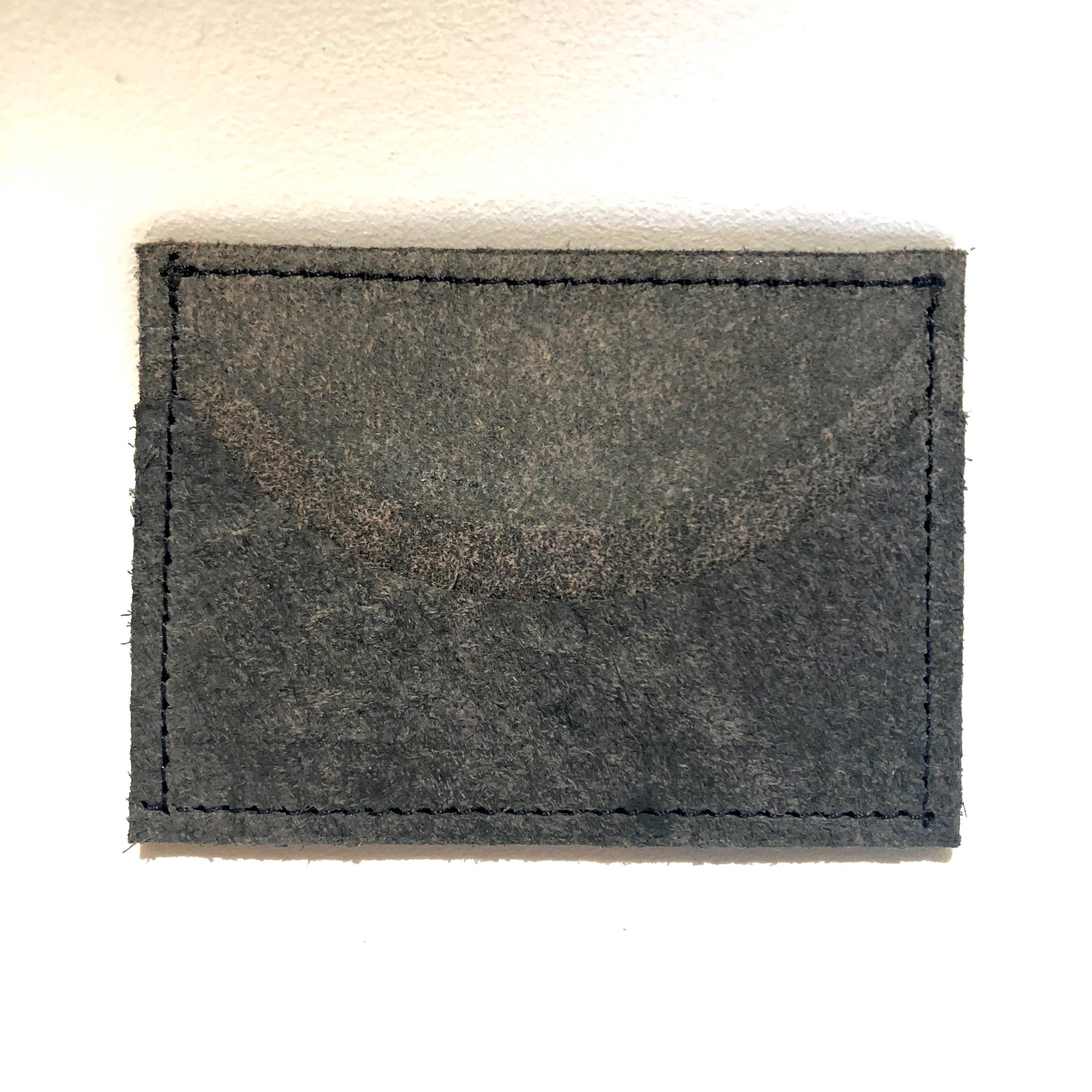 Wolf Leather Slim Card Wallet - Horizontal