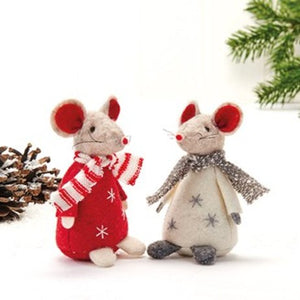 Festive Mouse with Scarf