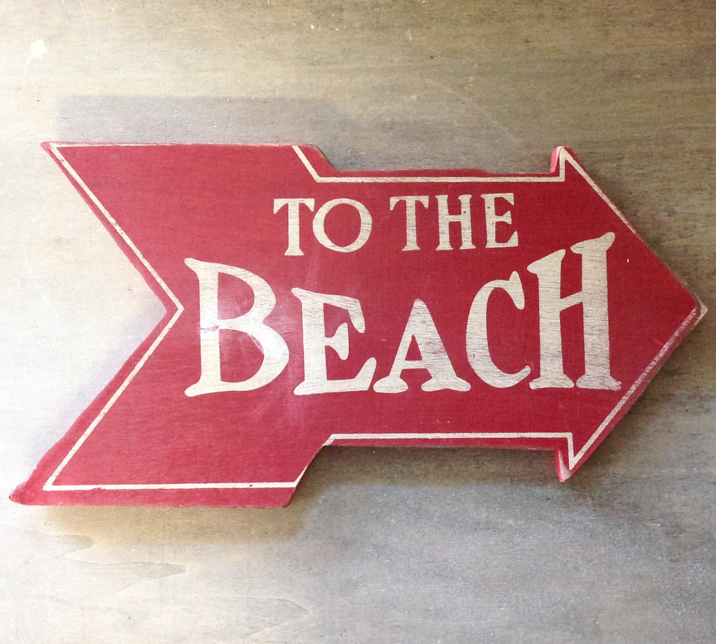 To The Beach Arrow Sign