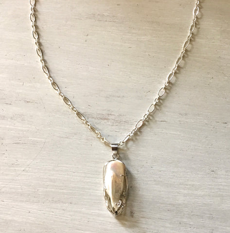 Framed Pearl Pendant Necklace