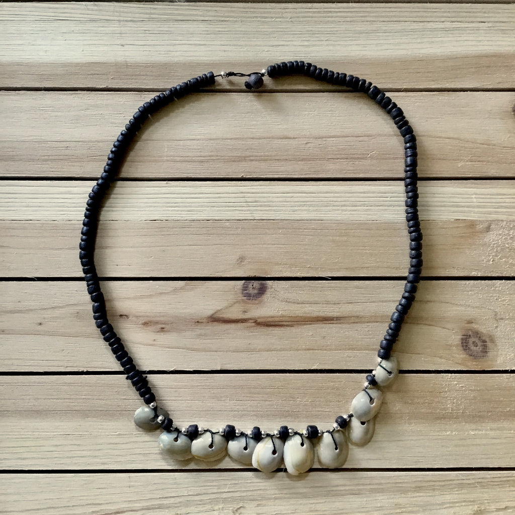 Cowrie Top Beaded Necklace
