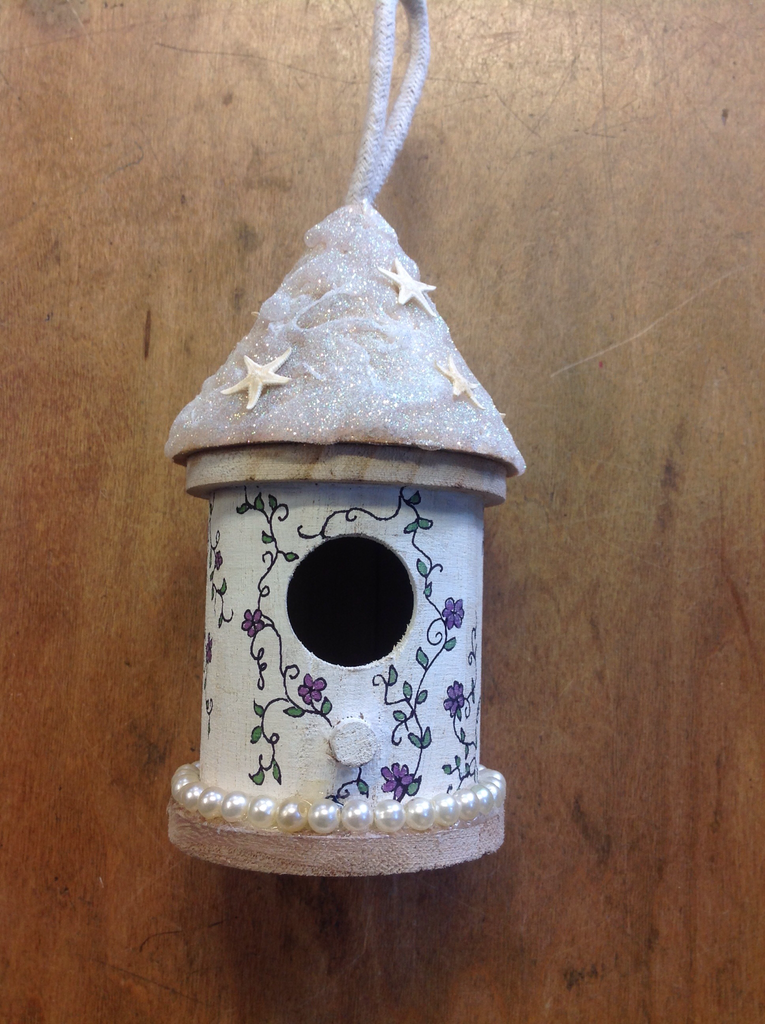 Sparkle Star Bird House
