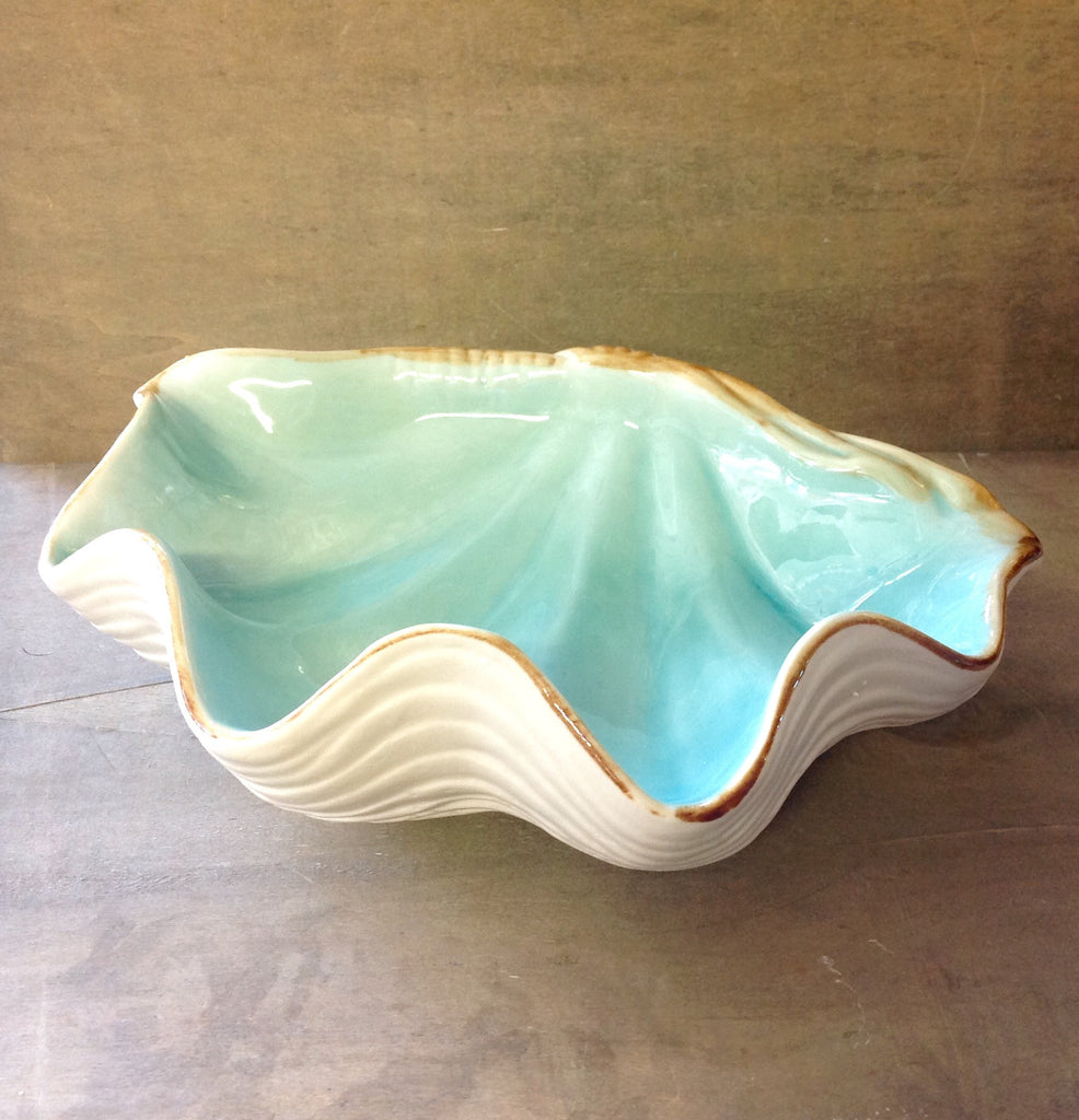 Blue Clamshell Ceramic Dish